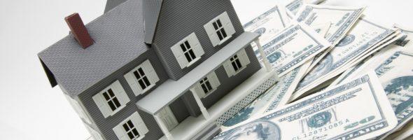 макет частного дома на долларах