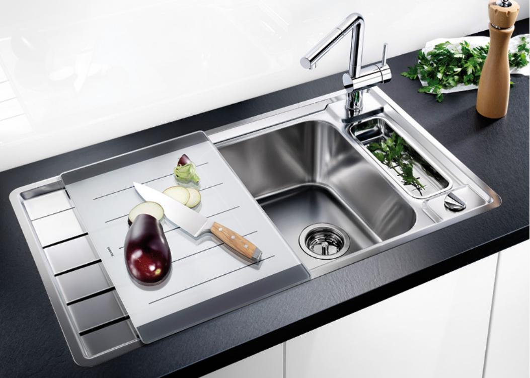 Устраняем запах из кухонной раковины своими руками: основные приемы и правила