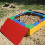 Песочница с дверцами