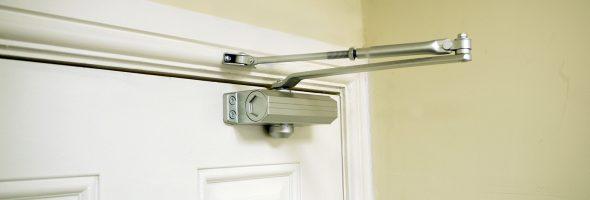 Доводчик для металлических дверей своими руками 335