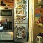 иллюзия порванного холодильника