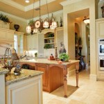 Дерево, мрамор и зелень в кухне