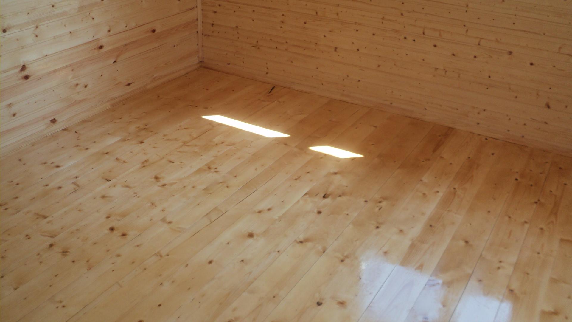 Отделка пола в деревянном доме