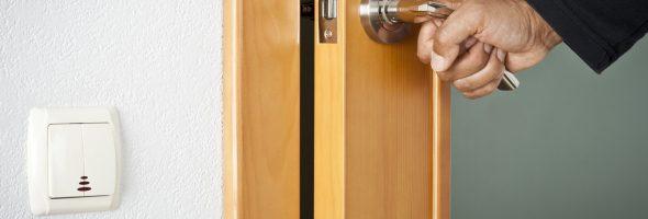 Монтаж дверей. Основные правила, позволяющие избежать ошибок