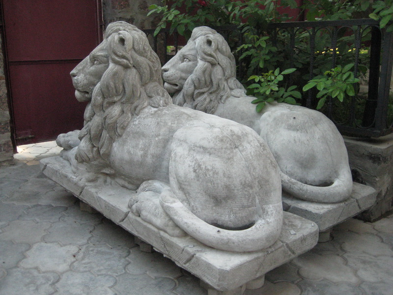 Скульптуры из бетона своими руками: литые и