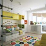 Детская комната в скандинавском стиле в желтых оттенках