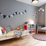 Детская комната в скандинавском стиле в серых тонах