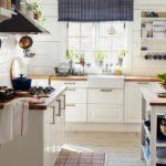 Кухня в скандинавском стиле утварь на виду