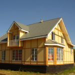 Каркасный дом на бетонном ленточном фундаменте