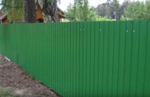 Зеленый профнастил для забора